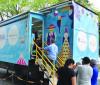 Inadimplentes podem negociar débito no Caminhão Itinerante do Serasa