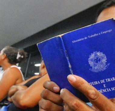 Feira oferece mais de 300 vagas de emprego em Teresina