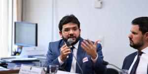 No Senado, Rafael Fonteles defende estados na Reforma da Previdência