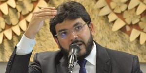 Rafael Fonteles vai a Alepi nesta segunda-feira esclarecer empréstimos