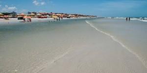 Praias de Atalaia e Peito de Moça estão liberadas para banho, diz Semar