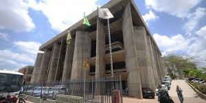 Prisão preventiva da primeira-dama de Bertolínia é convertida em prisão domiciliar