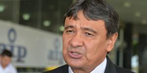 Governador discute em Brasilia alongamento de dívida