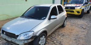 Motorista de aplicativo tem carro roubado e dois são presos por receptação