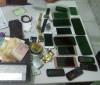 Polícia apreende 14 celulares com suspeitos de roubarem arma de PM
