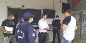 GCM fecha fábrica de cerveja e gerente é levado à delegacia em Teresina