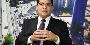 """""""Reforma eleitoral é para reeleger deputados"""", explica advogado Daniel Oliveira"""