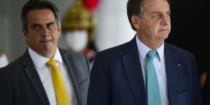 Bolsonaro concede a Ciro Nogueira medalha Oswaldo Cruz