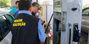 Saiba quais postos de combustíveis foram autuados por irregularidades em Teresina