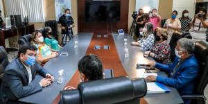 Uespi lança edital para contratação de 190 professores substitutos; veja
