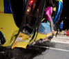 Grave acidente entre ônibus e carro deixa casal ferido na BR 343