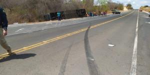 Colônia do Gurgueia: Motorista de ônibus estava a 120 km, diz PRF