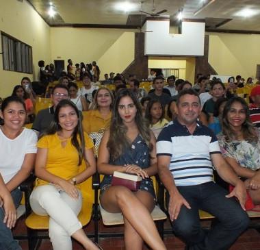 Festival de Talentos da Juventude reúne crianças e adolescentes