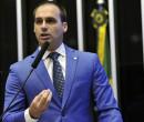 "Bolsonaro aguarda ""sim"" de Trump para indicar filho"