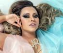 Ana Beatriz Godói é coroada nova rainha de bateria da Rosas de Ouro