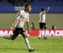 Corinthians empata com o Goiás no final após pênalti marcado pelo VAR