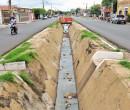 Moradores divergem sobre cobertura de canal no Mocambinho