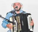 Sanfoneiro Joel é uma das atrações do Festival Piripiri Junina 2021