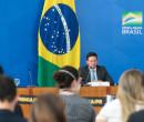 Governo anuncia Auxílio Brasil de R$ 400,00 com início em novembro