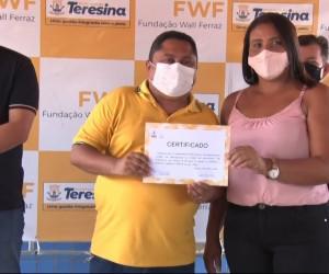TV O Dia - Fundação Wall Ferraz entrega certificados de cursos de qualificação profissional 23 09 2021